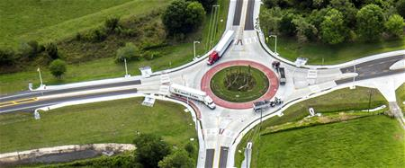 Roundabout Photo 13