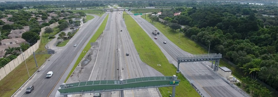 Sawgrass Expressway Looking East