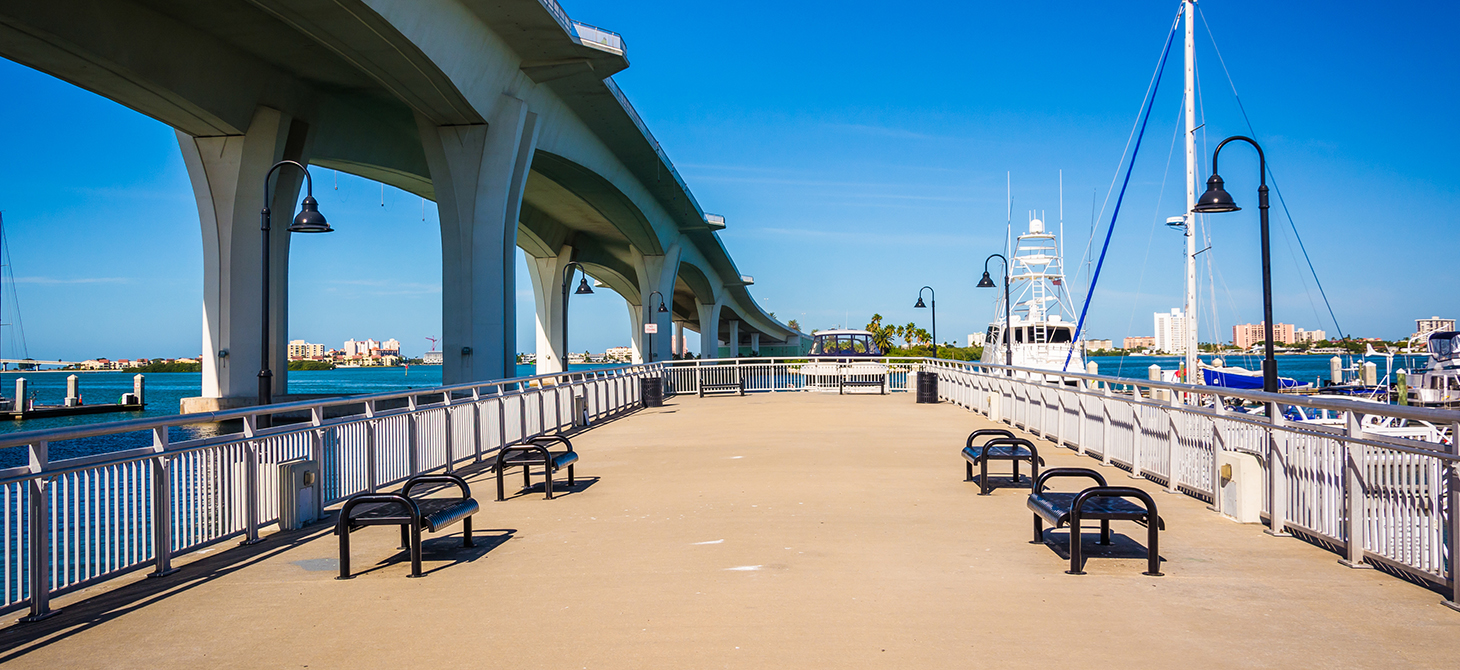 Fishing pier and Clearwater Memorial Causeway, in Clearwater, Florida